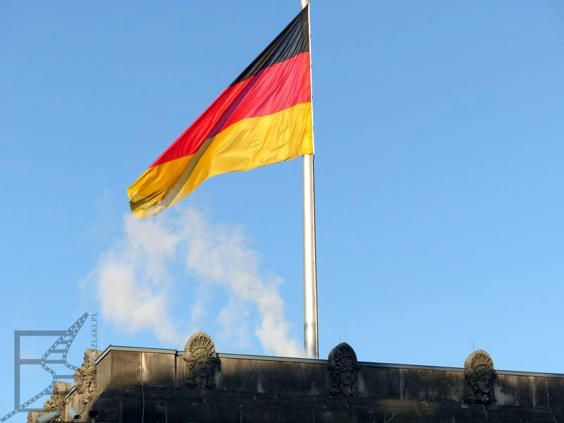 Flaga na Bundestagu, Berlin, Niemcy