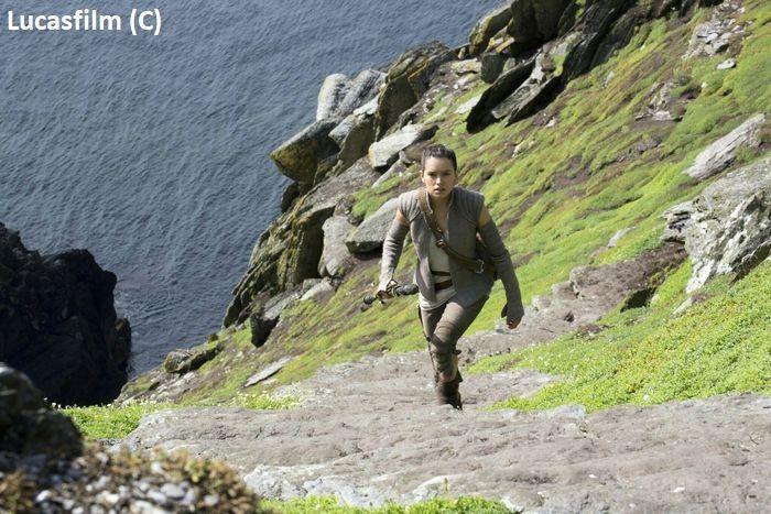 """Skellig Michael jako Ahch-To w """"Gwiezdne Wojny: Przebudzenie Mocy"""" (Star Wars)"""