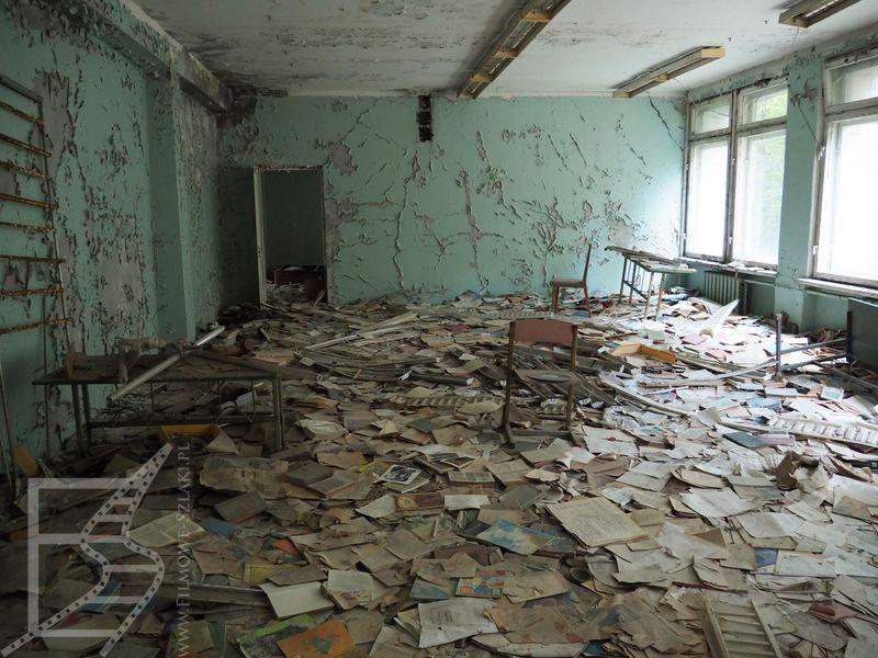 Książki w szkole (Prypeć, Czarnobyl)