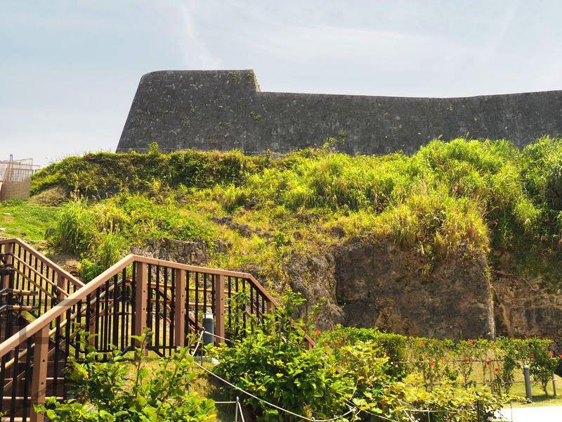 Mury zamku królewskiego w Naha