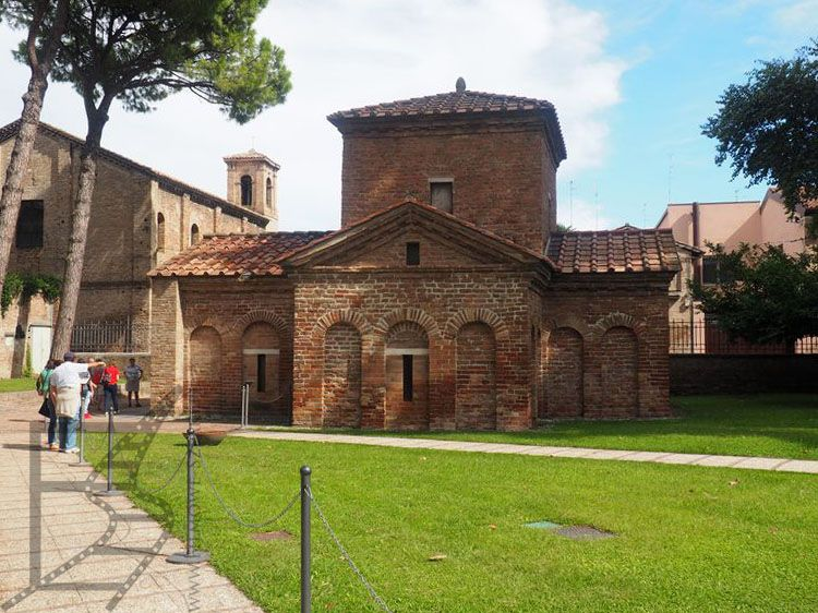 Mauzoleum Galli Placydii