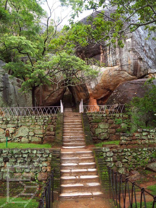 Przejścia między skałami