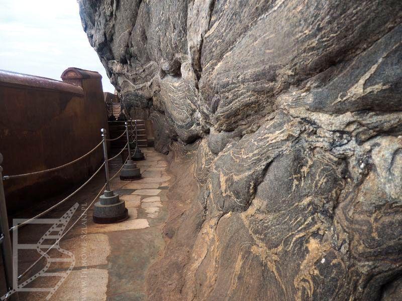 Ściana lustrzana (Sigirija, Sri Lanka)