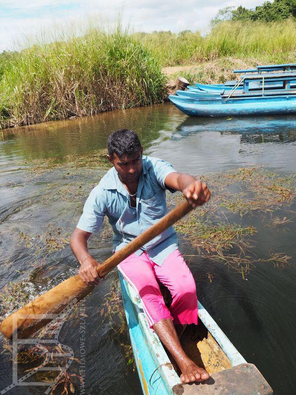 Wioskowe safari: łódź