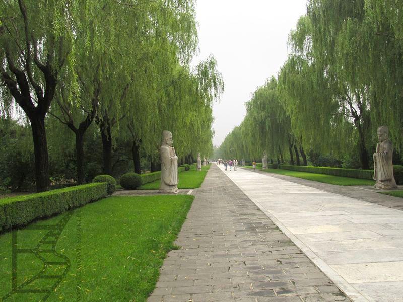 Droga duchów, Grobowce Mingów