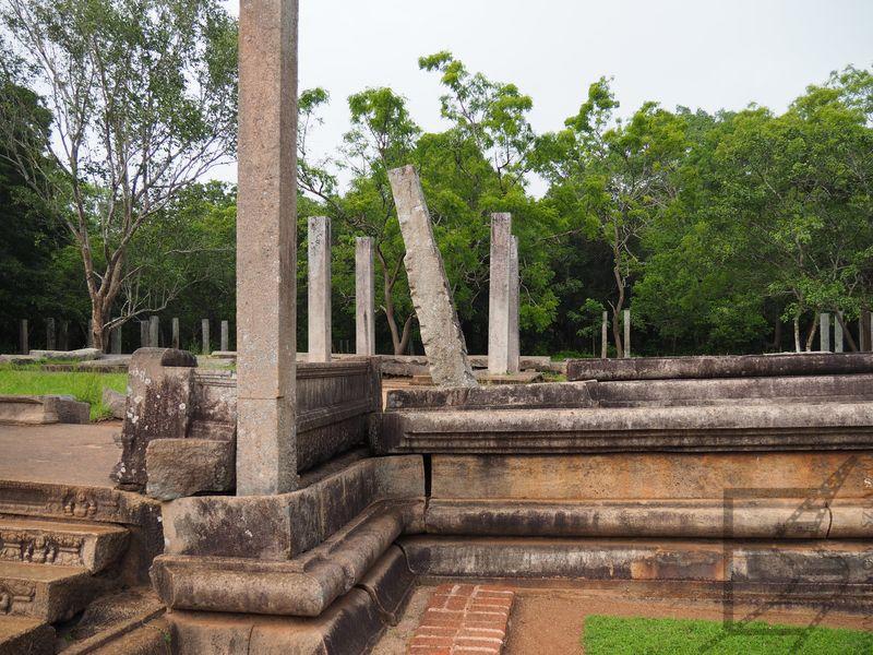 Ruiny w Anuradhapurze
