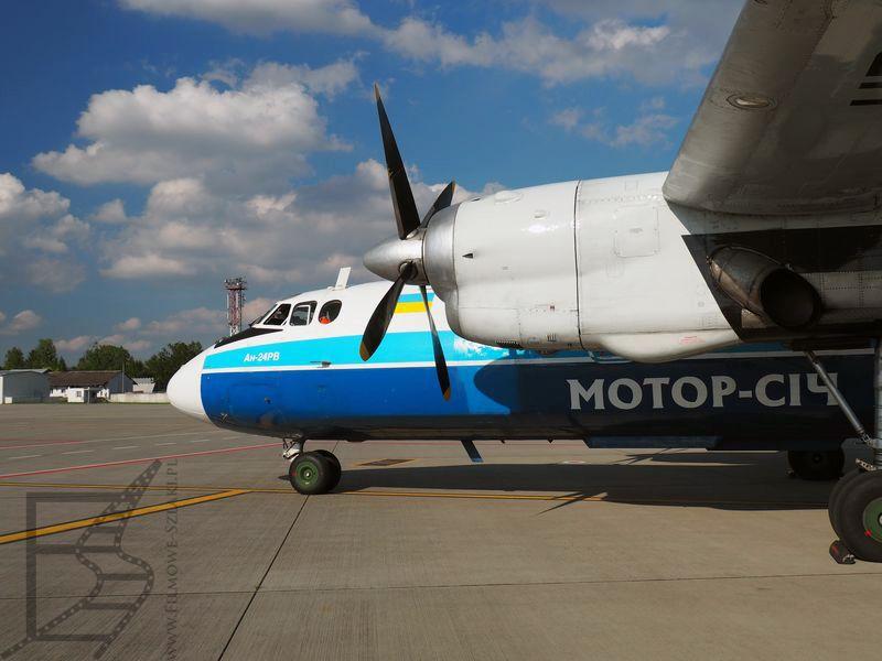 Antonov An-24, linia Motor-Sich, Lwów