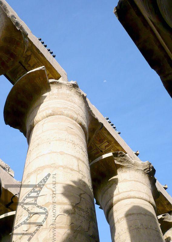 Kolumny w Karnaku (Luksor)