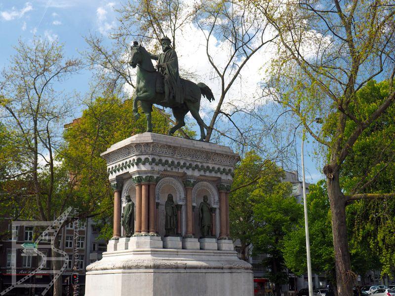 Pomnik Karola Wielkiego