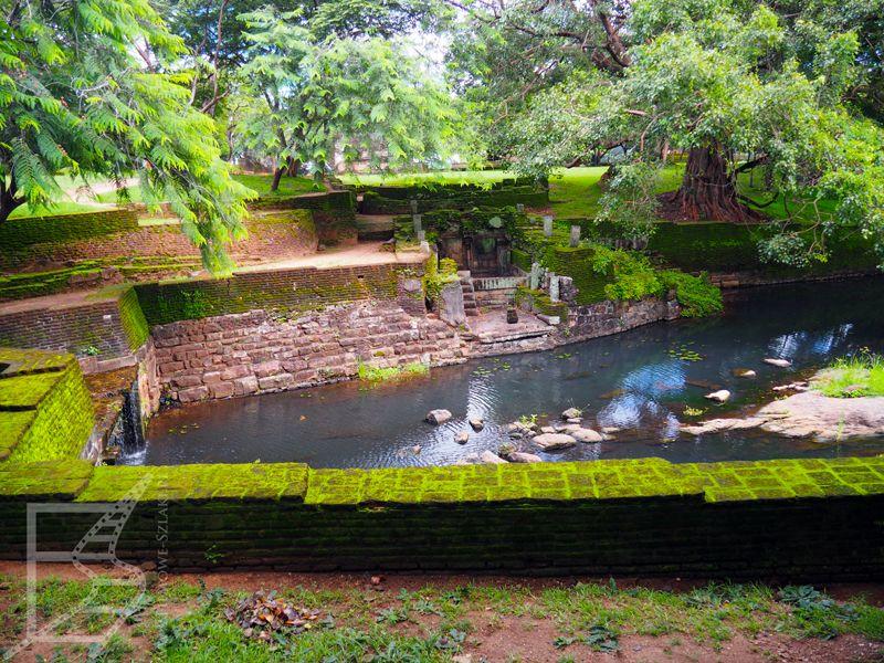 Baseny królewskie w Polonnaruwie