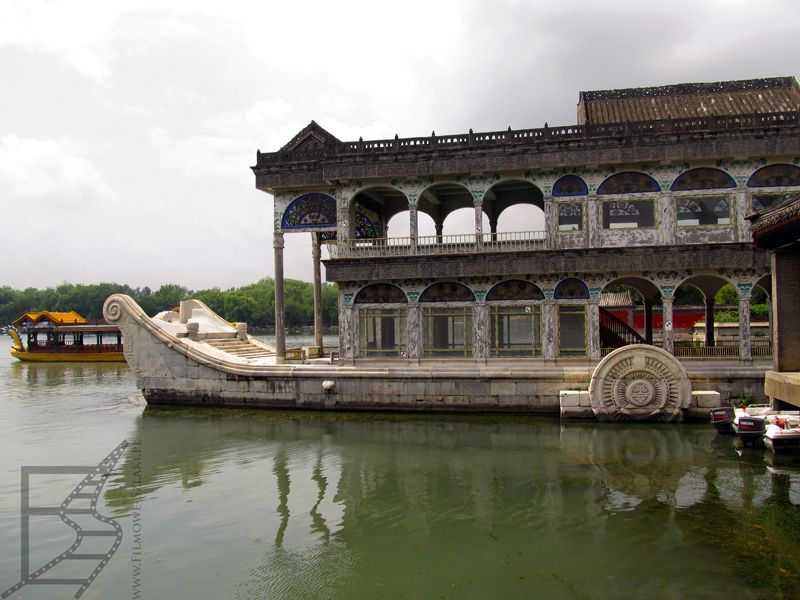 Marmurowa łódź cesarzowej Cixi