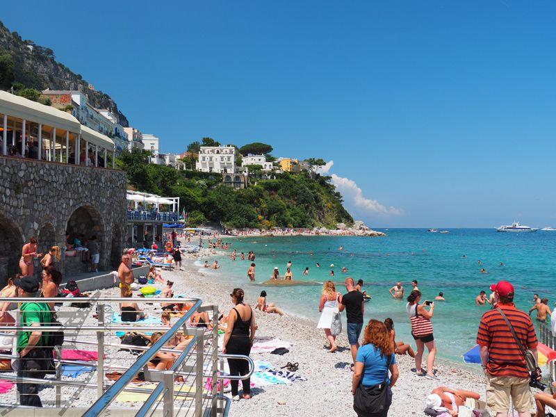 Plaża blisko Marina Grande (Capri)