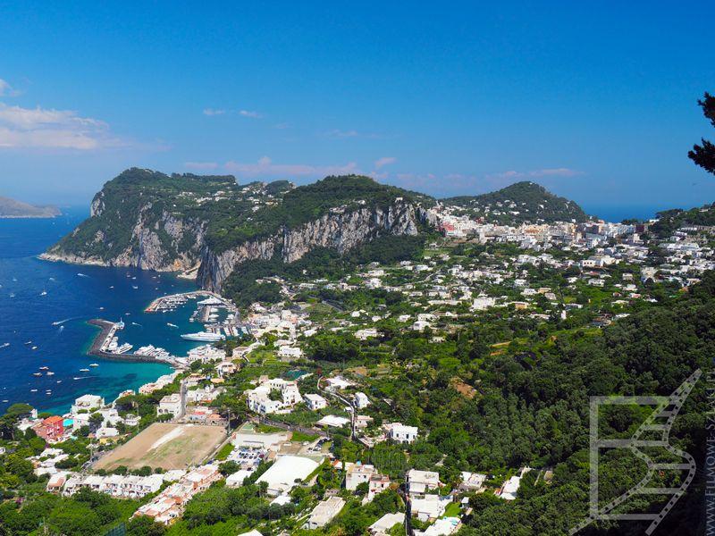 Widok na wyspę i Marina Grande