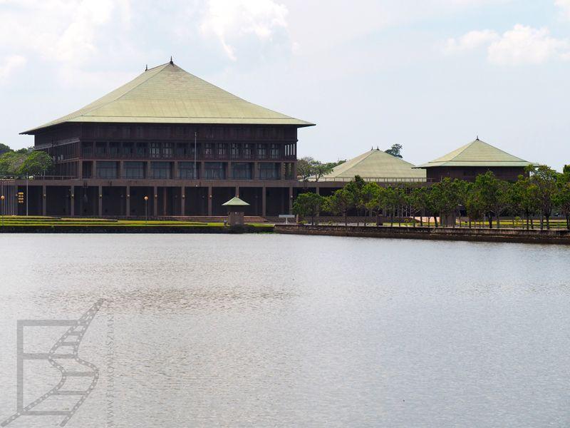 Budynek Parlamentu w Kotte
