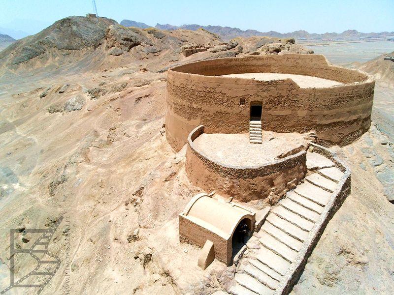 Wieża milczenia w Jazd