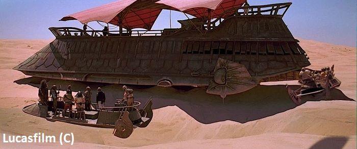 """W Buttercap Valley (pustynia Yuma) zbudowano makietę barki żaglowej Jabby na potrzeby filmu """"Gwiezdne Wojny: Powrót Jedi""""."""