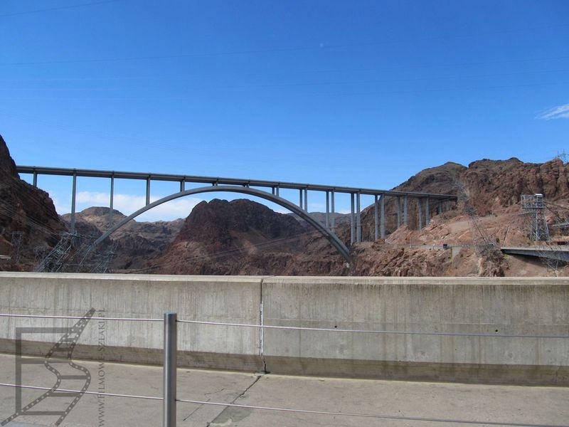 Dojazd do tamy Hoovera