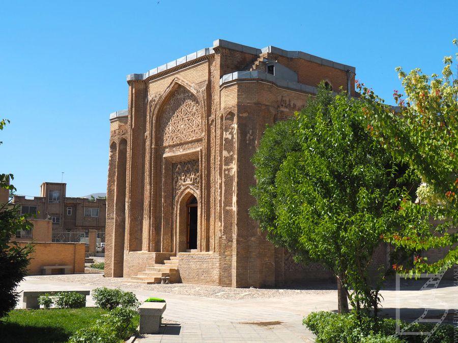 Hamadan: Wieża Alavian