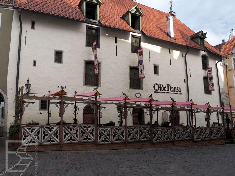Średniowieczny klimat starego miasta - Tallinn