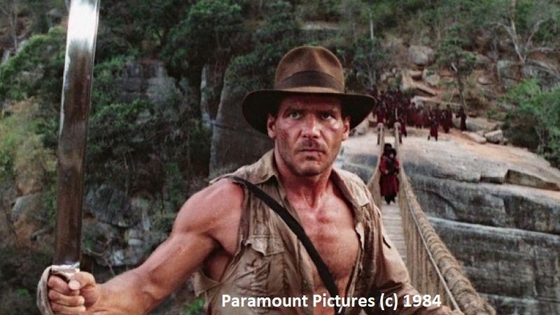 """""""Indiana Jones i Świątynia Zagłady"""". Przy budowanej tamie Victoria nagrywano scenę na wiszącym moście."""