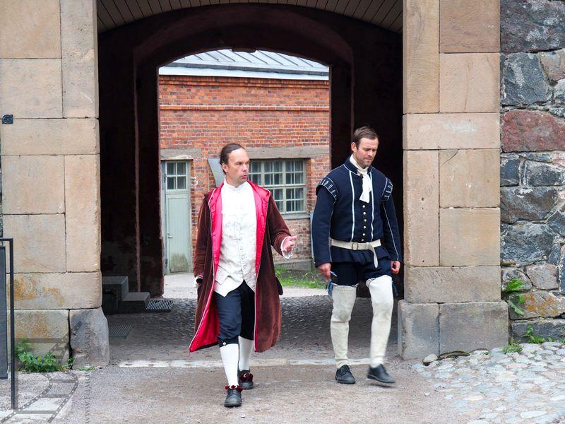 Suomenlinna, klimat dzięki obsłudze w strojach ze epoki
