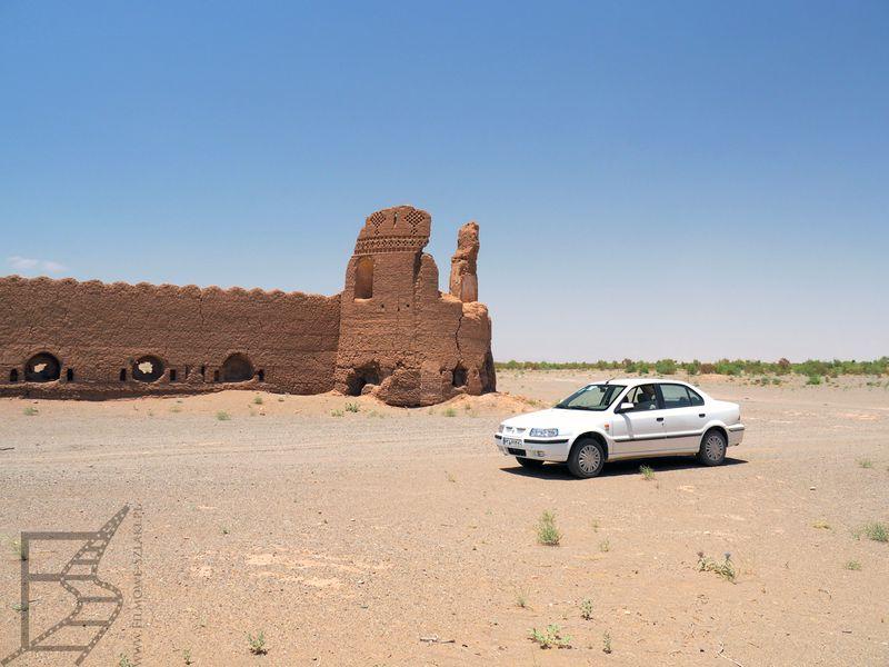 Ksar na pustyni Maranjab