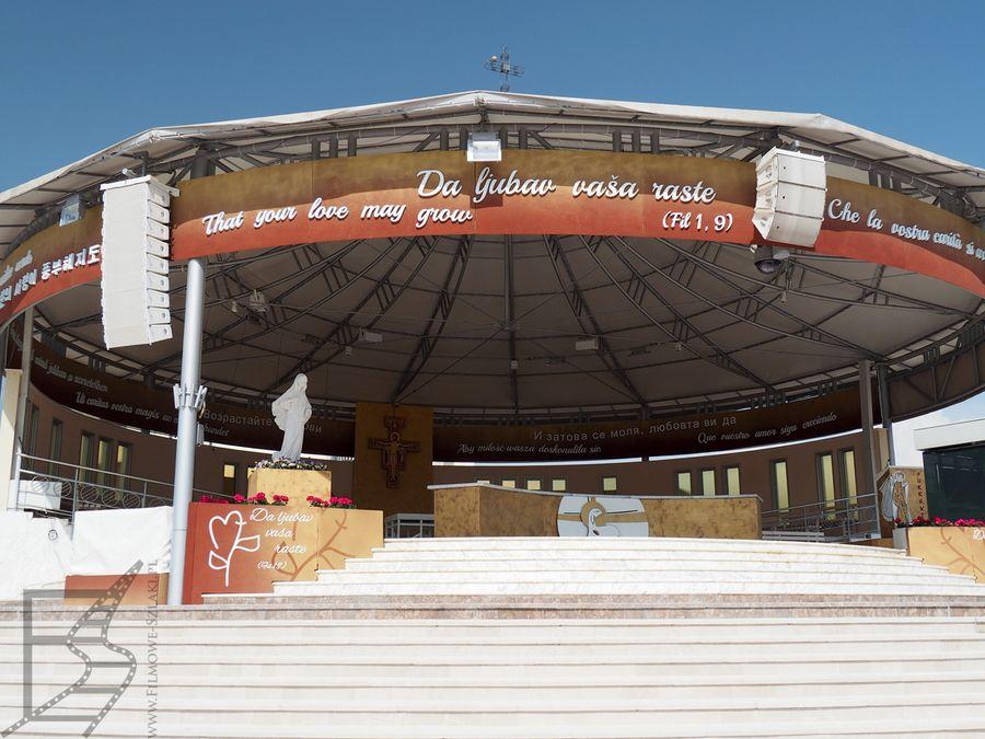 Letni ołtarz w Medziugorie