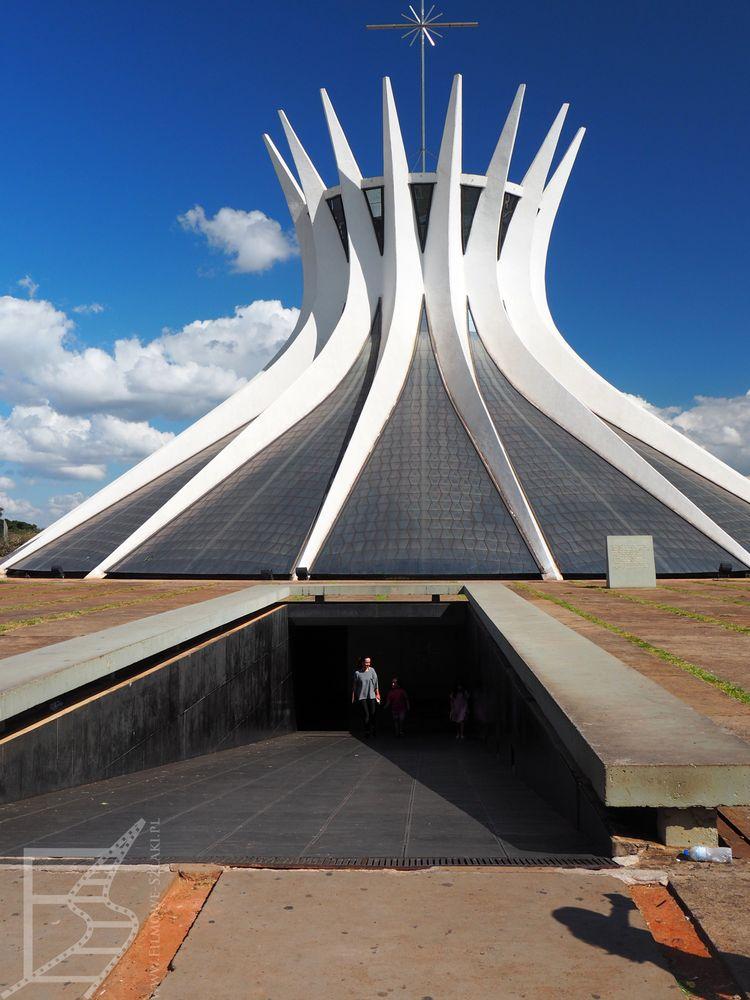 Wejście do katedry (Brasilia)
