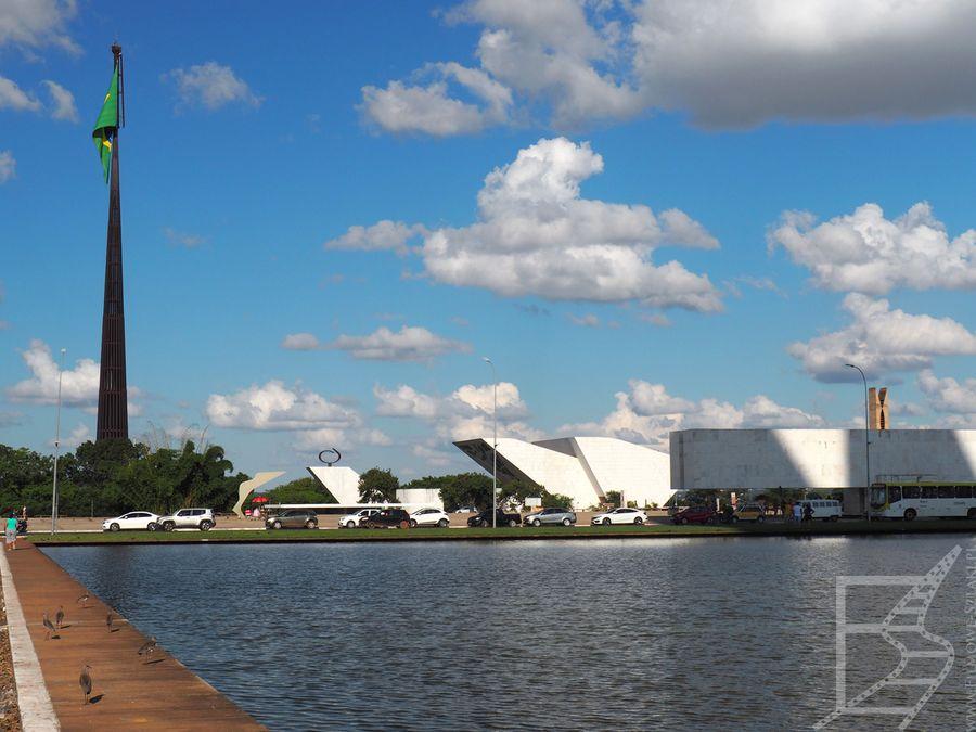 Masz z największą flagą na świecie (Brasília)
