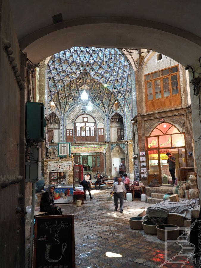 Kompleks Timche-Aminoddole na bazarze w Kaszanie
