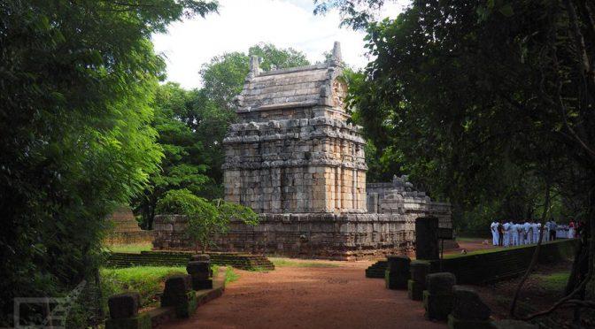 Matale, ogrody przyprawowe i świątynie hinduistyczne
