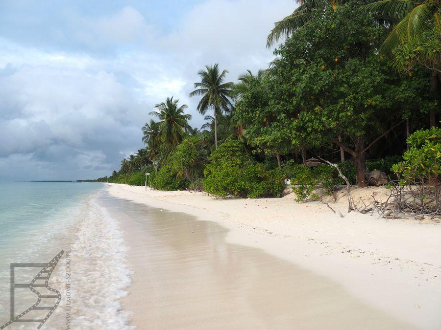 Plaża przy naszym hotelu, wyspa Gan, Atol Laamu