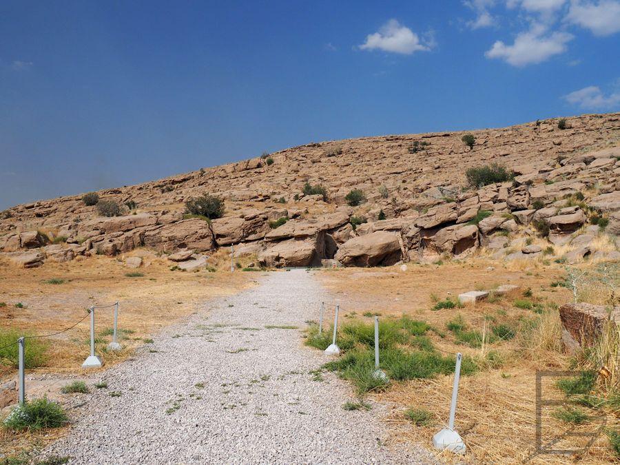 Droga do Naqsh-e Rajab