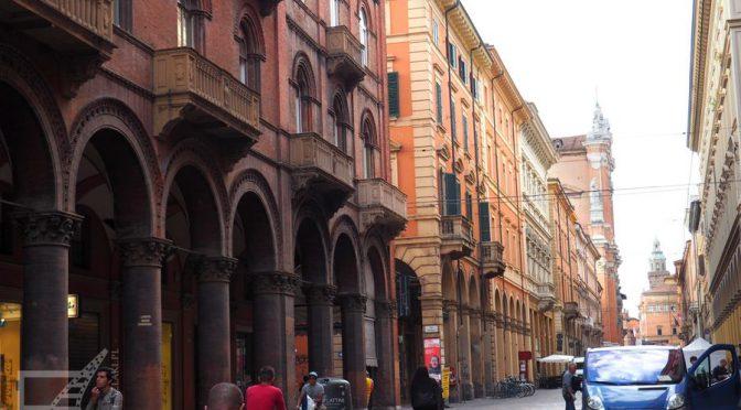 Bolonia, zwiedzanie miasta arkad, wież i uniwersytetu