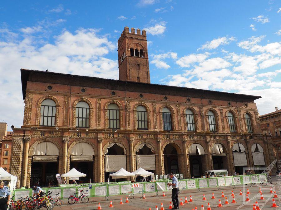 Palazzo del Podestà, Bolonia