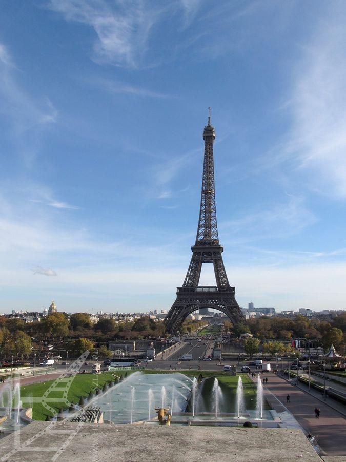 Wieża Eiffla widziana z Palais de Chaillot (Paryż)