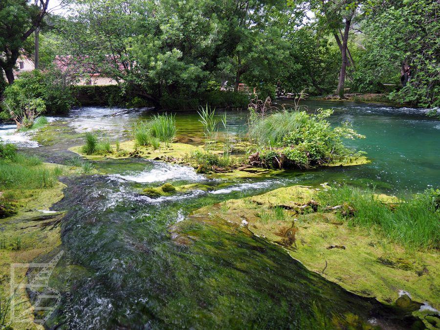 Piękne szlaki przyrodnicze w Krka