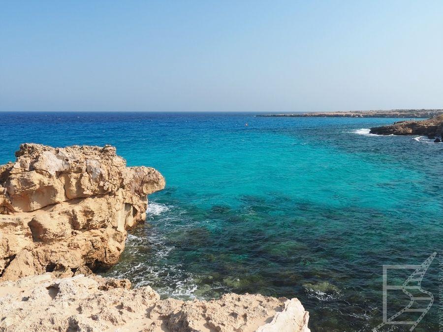 Widok na Błękitną Lagunę (Cape Greco - Cypr)