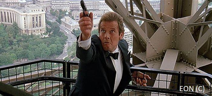 """""""Zabójczy widok"""", czyli James Bond na wieży Eiffle'a (Paryż)"""