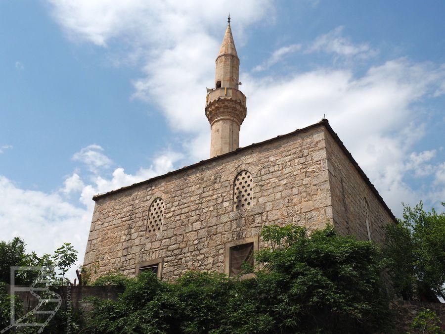 Meczet w Mostarze