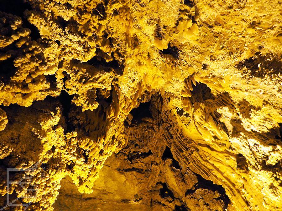 Jaskinia Ali-Sadr w Iranie