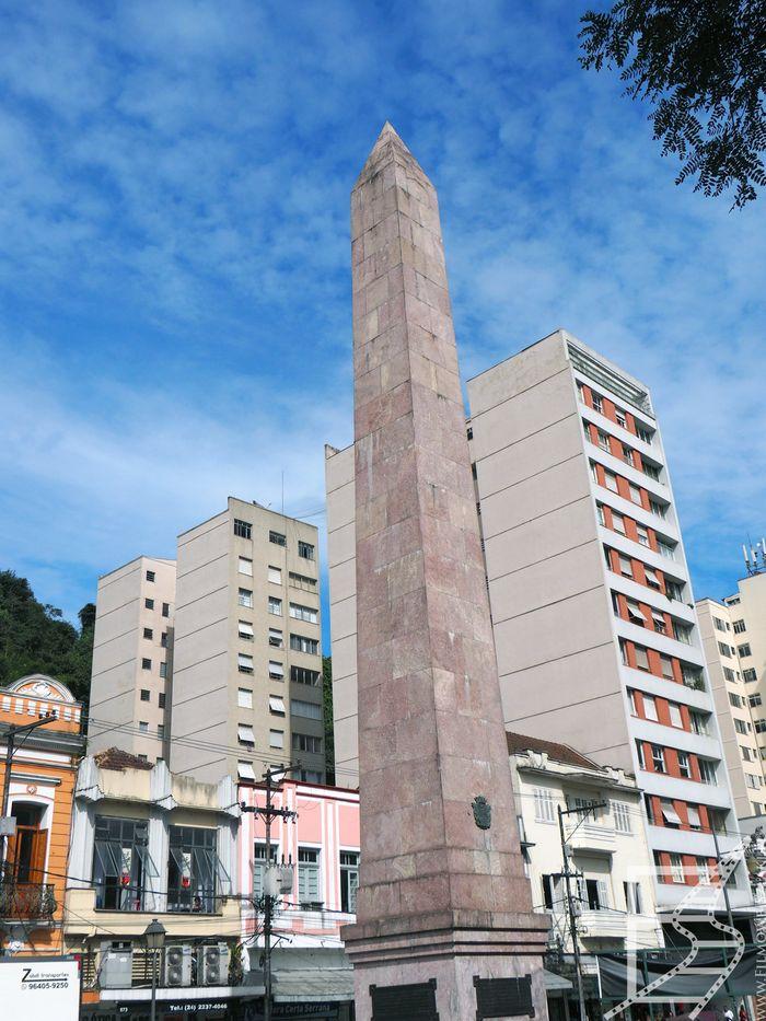 Obelisk w Petropolis