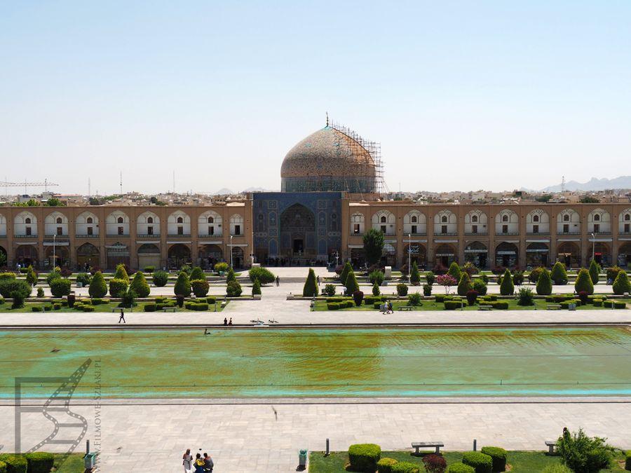 Widok na meczet Szejka z pałacu Ali Qapu