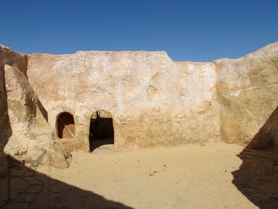 Szatt al-Gharsa, czyli Mos Espa (Chott el Gharsa)