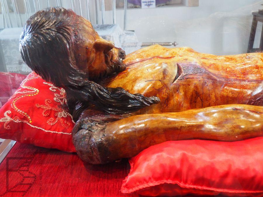 Drogocenna figura Jezusa (Salvador)