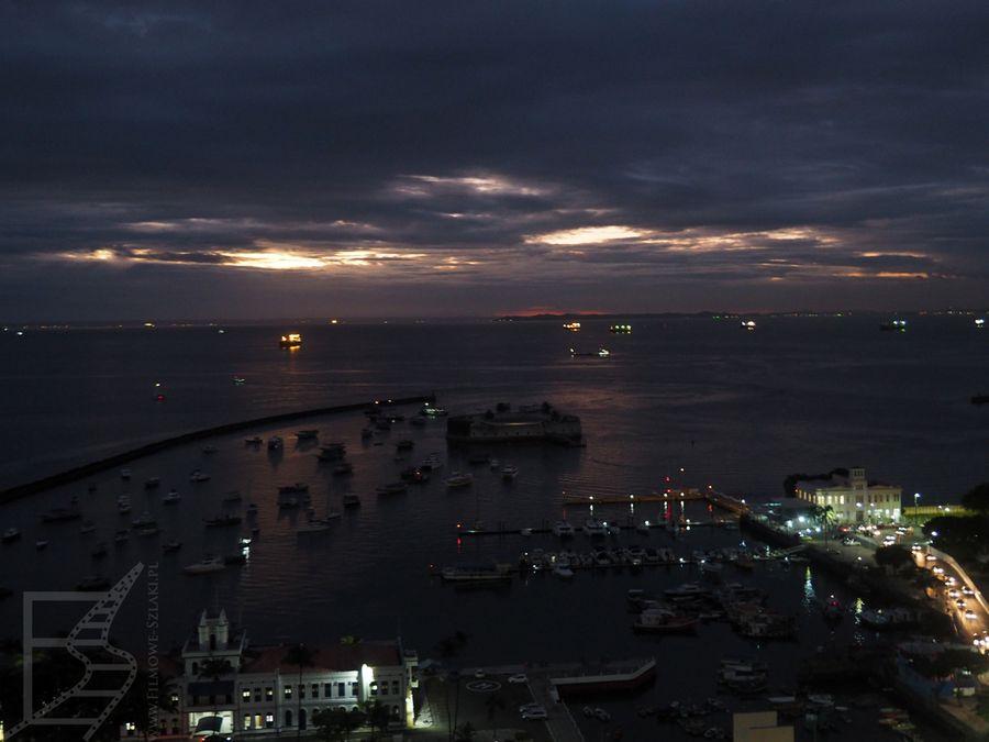 Port o zachodzie (Salvador de Bahia)
