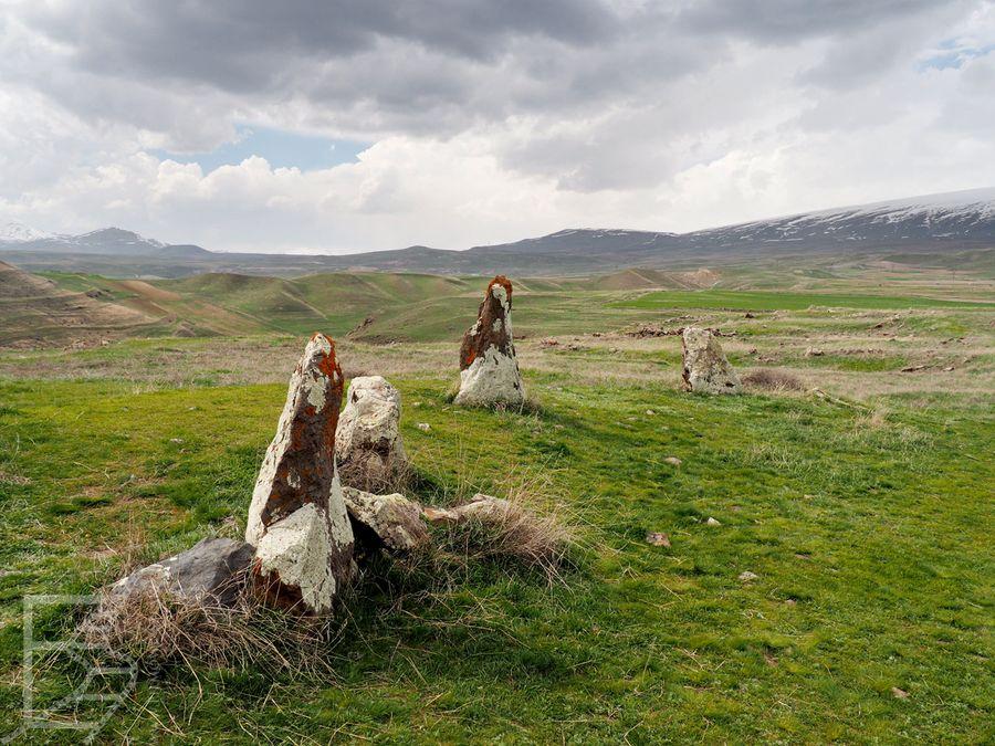 Obecnie kamienny krąg w Armenii znajduje się pośrodku niczego