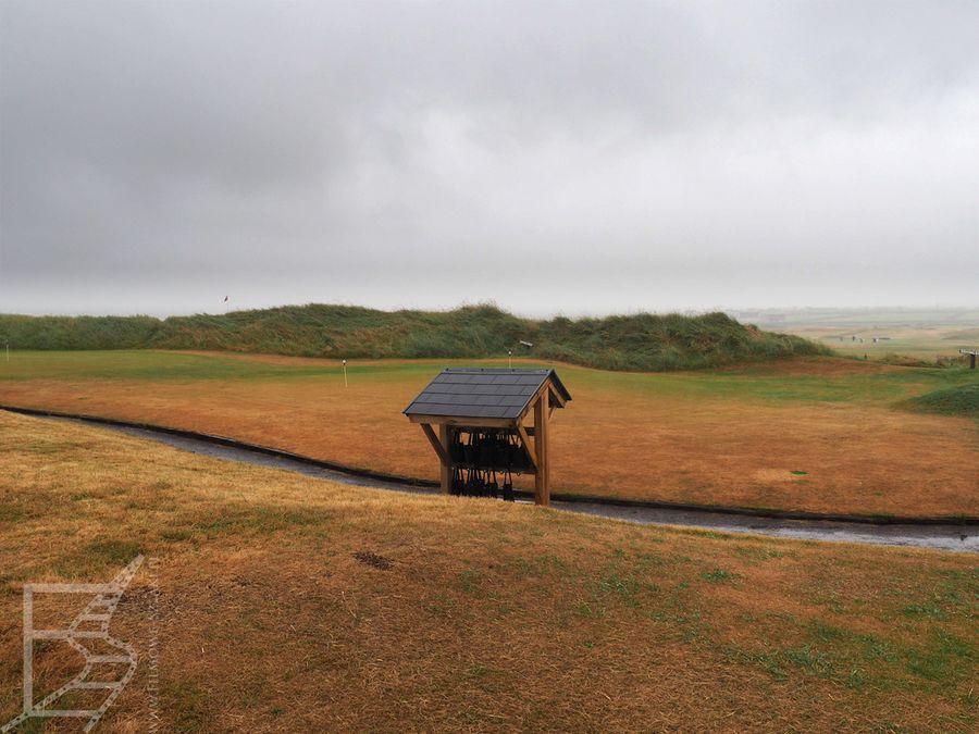 Pole golfowe nieopodal Ceann Sibeal