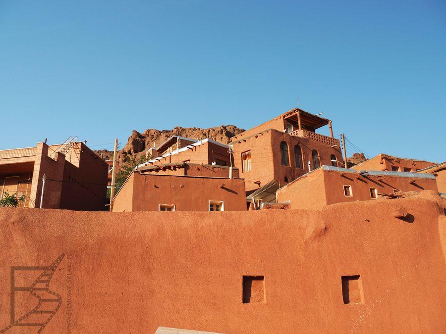 Sjena palona to dominujący kolor w Abyaneh