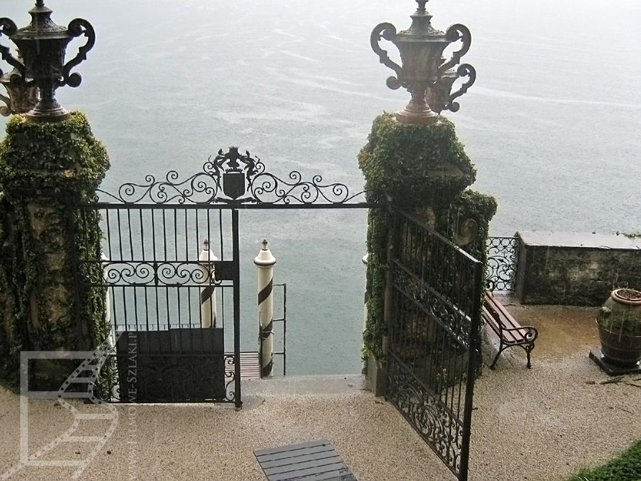 Przystań nad jeziorem Como tuż przy willi